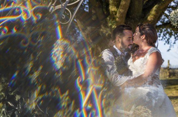 Photographe mariage, shooting couple, reflet prisme