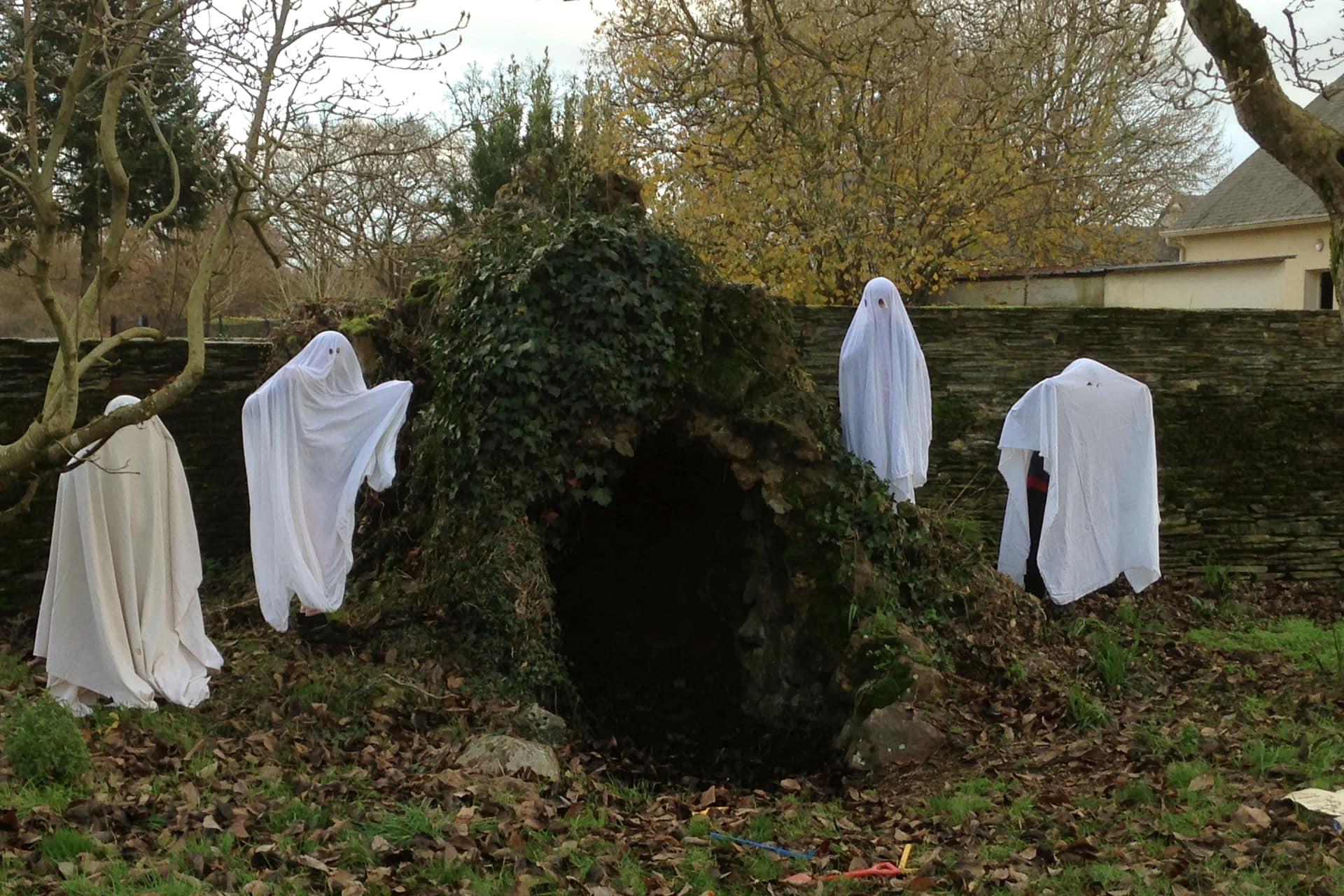 Classe découverte cinéma, costume de fantôme cycle 2