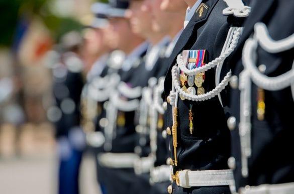 Sortie de promotion élèves gendarmes, médaille militaire