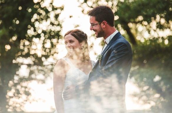 Shooting couple, mariés heureux, prisme